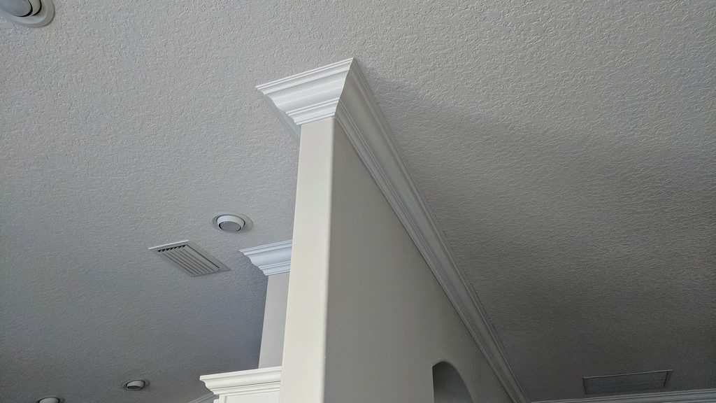 Crown Moulding 10101
