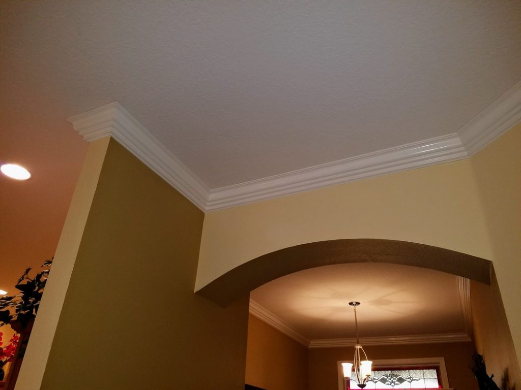 Custom-Crown-Moulding-Installation-in-The-Villages-34