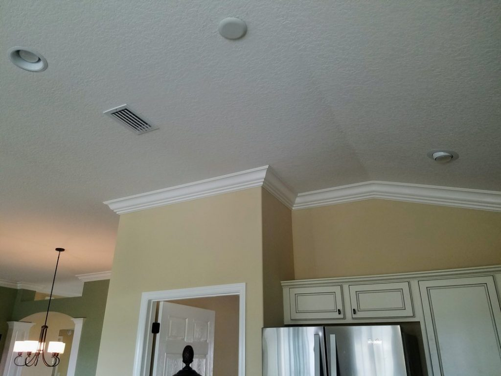 Custom-Crown-Moulding-Installation-in-The-Villages-38