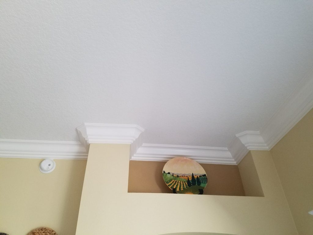 Custom-Crown-Moulding-Installation-in-The-Villages-39