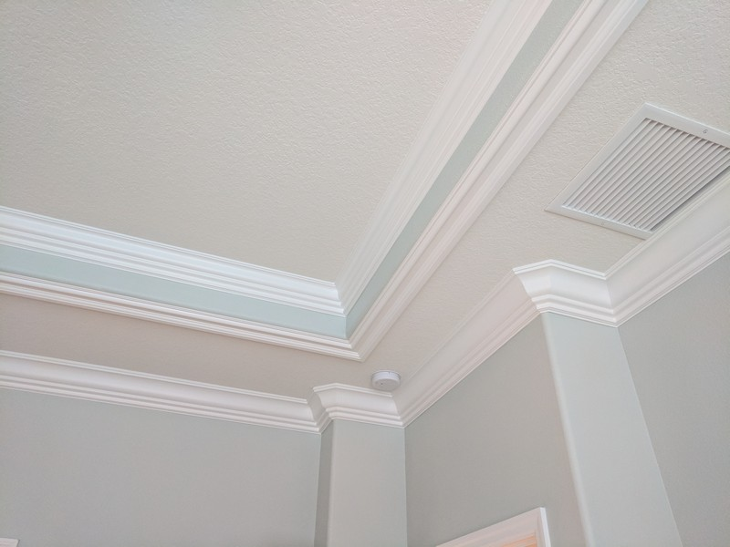 Detailed-Crown-Molding-Tray-Ceiling-Trim