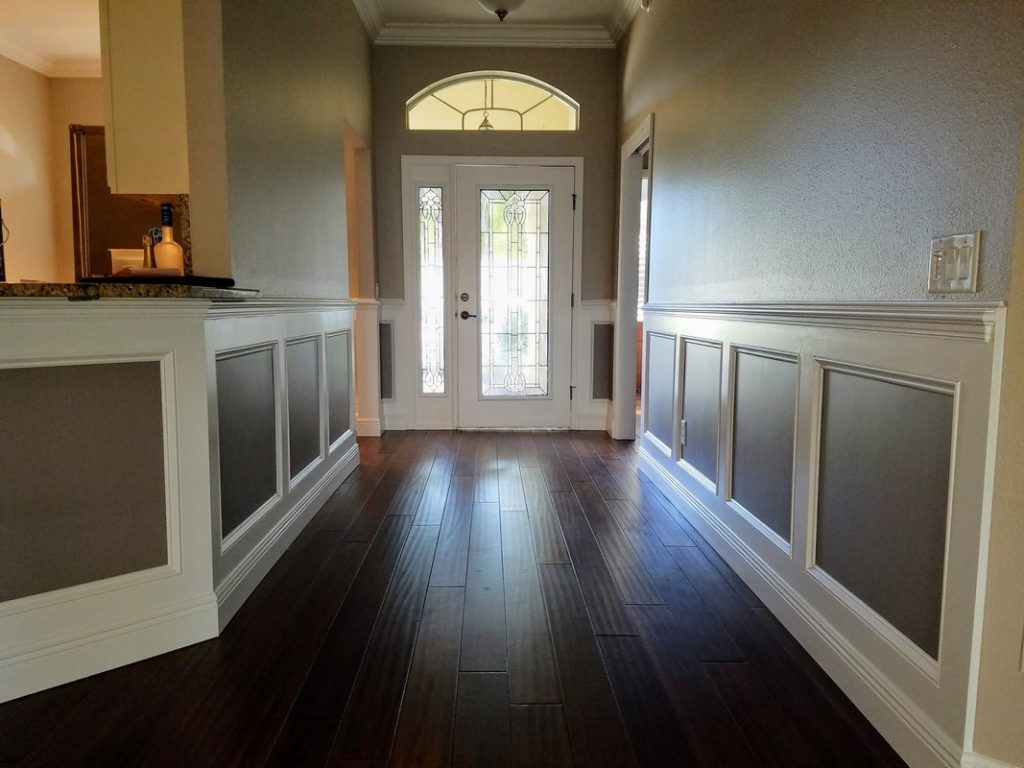 Wainscoting2
